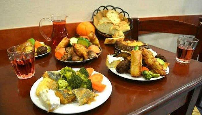 «Αρχοντικό»: Παραδοσιακοί μεζέδες, φαγητά και γλυκά στον τέλειο συνδυασμό 8
