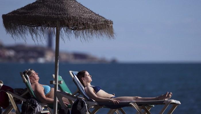 tourismos beach
