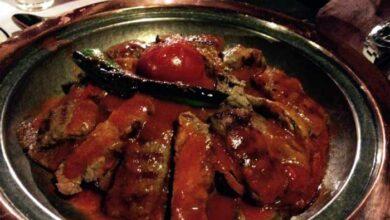 Photo of Μελιτζάνες στον φούρνο με σάλτσα ντομάτα