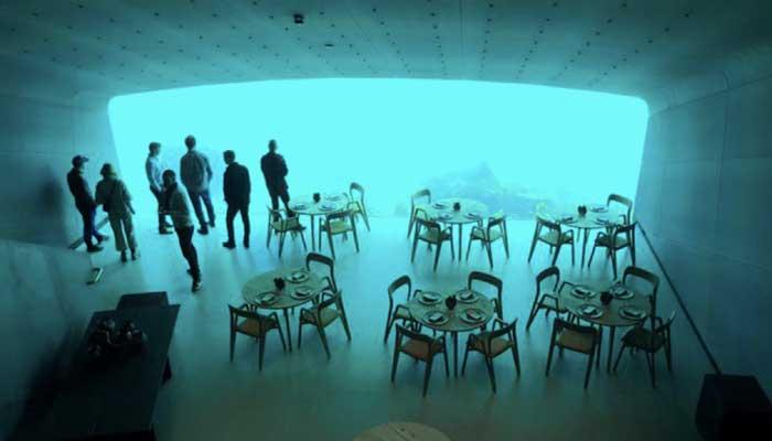 estiatorio undersea