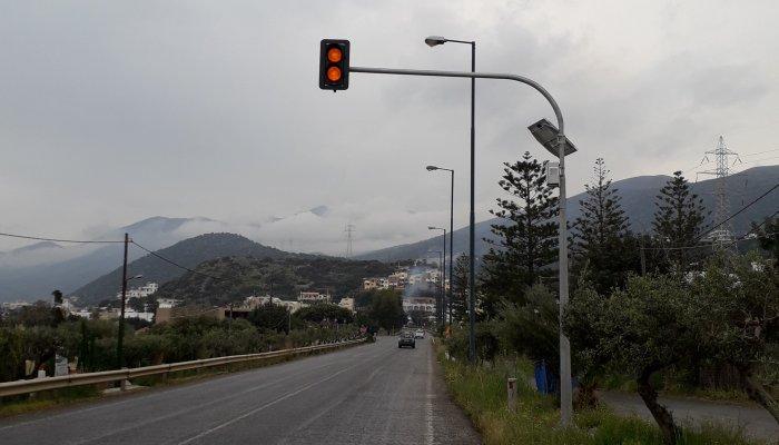 Νέοι σηματοδότες στην Παλαιά Εθνική οδό Ηρακλείου - Λασιθίου 1