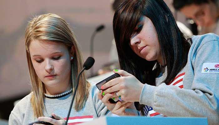 young smartphones