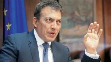 Photo of Πιθανή η επέκταση του επιδόματος των 800 ευρώ τον Μάιο και τον Ιούνιο
