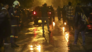 Photo of Δημοσιογράφος δέχθηκε επίθεση από άνδρες των ΜΑΤ στα Εξάρχεια (video)