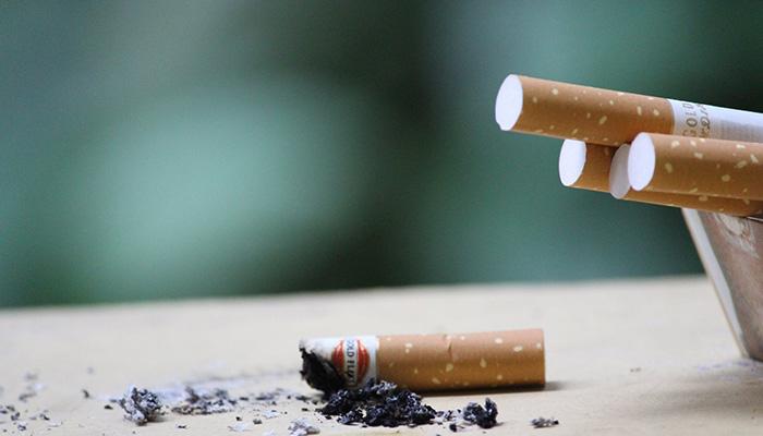 tsigaro smoking