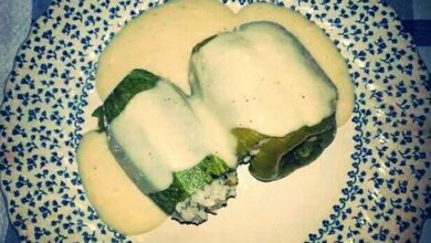 Photo of Κολοκυθάκια γεμιστά, με σάλτσα αλευρολέμονο