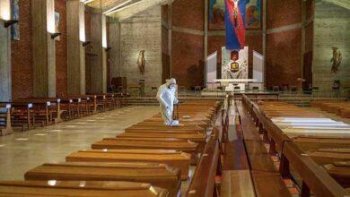 Photo of Ιταλία: Εκκλησία γεμάτη φέρετρα στο Μπέργκαμο – Οδηγούνται σε άλλη πόλη για αποτέφρωση (pics)