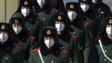 Photo of Πέφτουν οι μάσκες των κρατών στον πόλεμο για μια ιατρική μάσκα