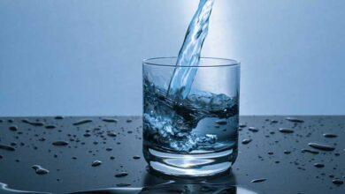 Photo of Τι συμβαίνει στον οργανισμό σου όταν πίνεις πολύ νερό