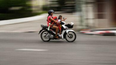 Photo of Μετά τα 16 τα παιδιά σε μοτοσικλέτες, ακόμη και ως επιβάτες
