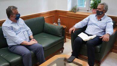 Photo of Σητεία: Αναπτυξιακά θέματα και έργα του Δήμου στη συνάντηση με τον Περιφερειάρχη