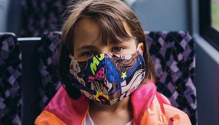 koronoios maska paidi