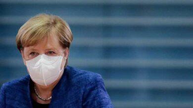 Photo of Μέρκελ: «Μόνη λύση τα lockdown»