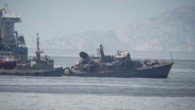 Photo of Σοκάρουν οι εικόνες με το πλοίο του Πολεμικού Ναυτικού κομμένο στα δύο