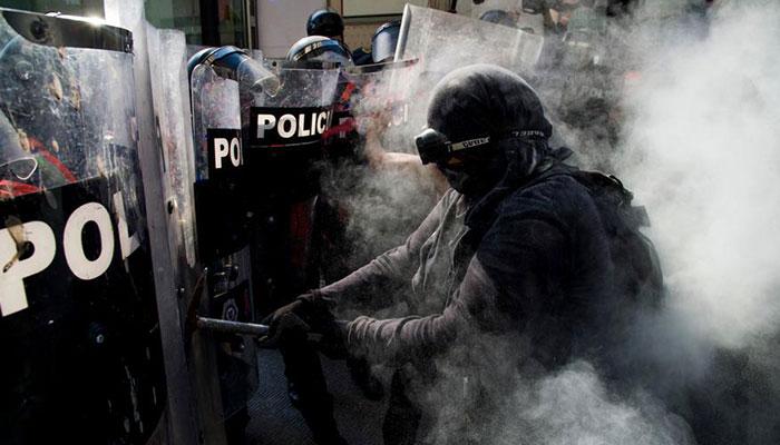 police mat via