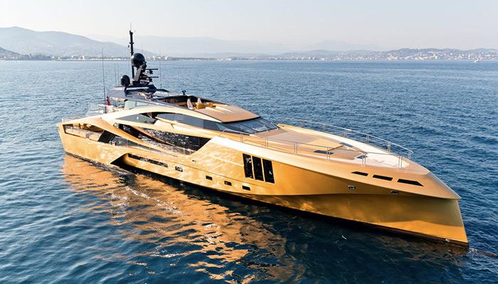 super yacht gold mykonos